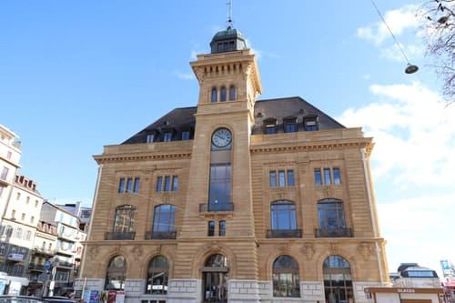 Neuchâtel 1 surface commerciale à louer d'env. 84 m2 au 1er étage