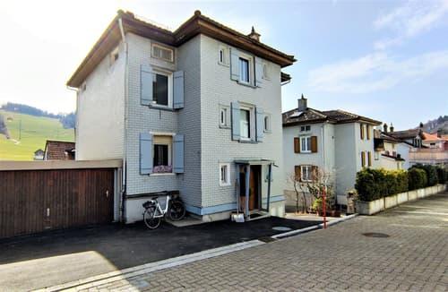 Mehrfamilienhaus an zentraler Lage in Degersheim