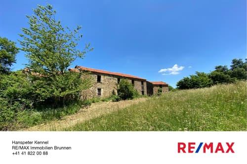Wohnhaus, Ziegenstall - Ostansicht