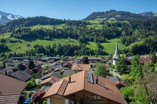Einfamilienhaus mit wunderschöner Sicht ins Bergpanorama