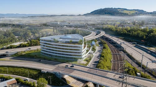 Arbeiten im innovativen Plusenergiegebäude