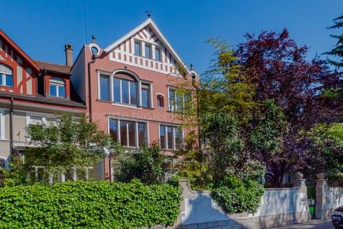 Stilvolle 12.5-Zimmer-Stadtvilla an bevorzugter Wohnlage im Gellert