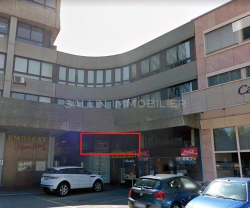 Surface commerciale d'env. 85 m² au centre ville de Fribourg