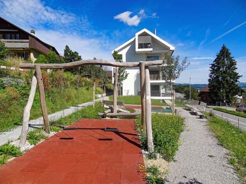 3.5 Zimmer-Wohnung mit exzellenter Aussicht auf die Berner Alpen!