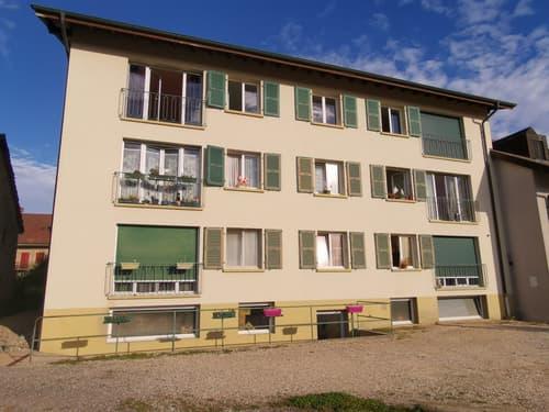 PREMIER LOYER OFFERT Appartement lumineux et très calme situé dans le village d'Oulens-sous-Echallens.