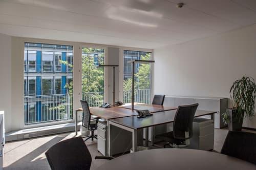 Möbliertes Büro mit 2 - 3 Arbeitsplätzen