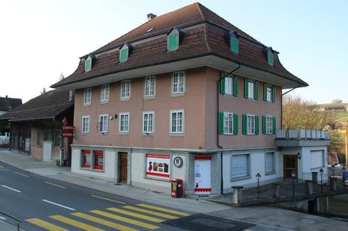 Wohn- und Geschäftshaus mit Landreserve