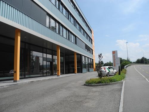 Büroflächen/Praxisräume 2x 29 m² , 1x 107 m²