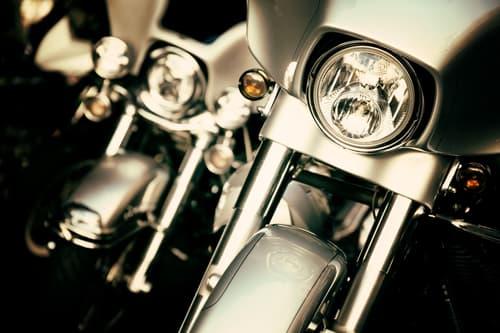 Motorradabstellplätze zu verkaufen