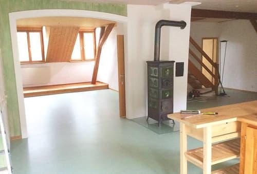4 1/2 Zi(eigentl. 5) Helle, ruhige Dachwohnung in Bauernhaus