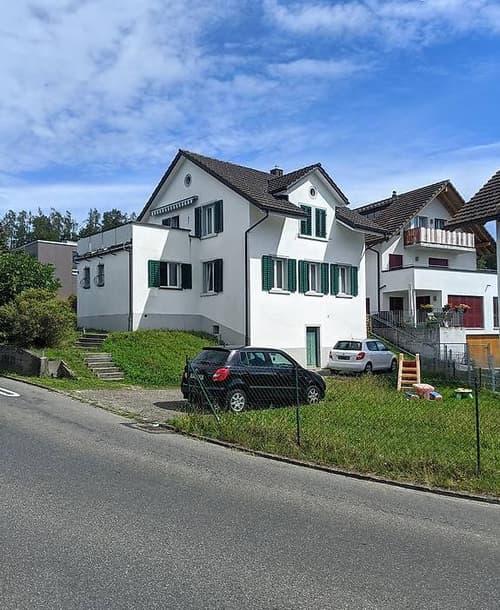 Freistehendes Einfamilienhaus mit Panoramablick