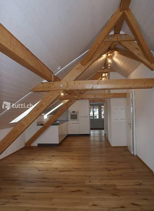 Dachwohnung 2,5 Zimmer