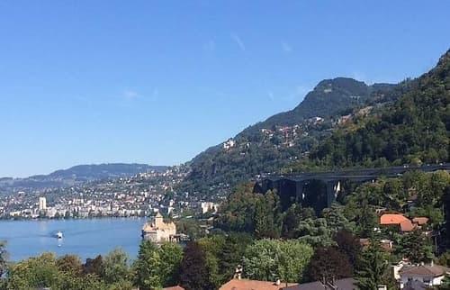 Chambre à louer à côté Montreux