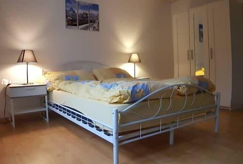Großes Zimmer in 2er WG Nähe Biel