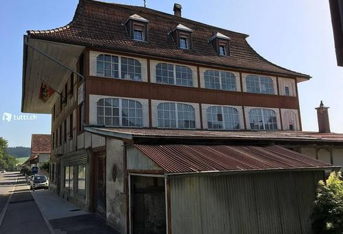 heimelige Wohnung in historischem Haus