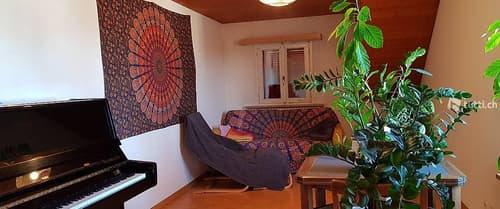 Schönes WG-Zimmer in einer zentral gelegenen 3-Zi-Wohnung