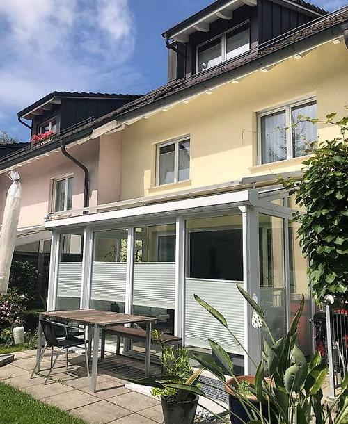 Reserviert 6.5 Zimmer Eckhaus sucht Familienanschluss
