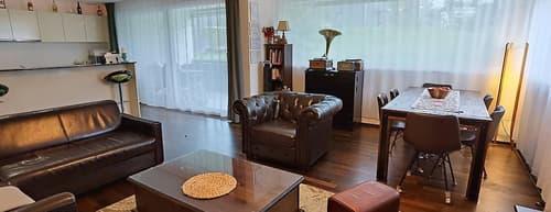 Moderne, gemütliche im grünen liegende Wohnung in Rossrüti