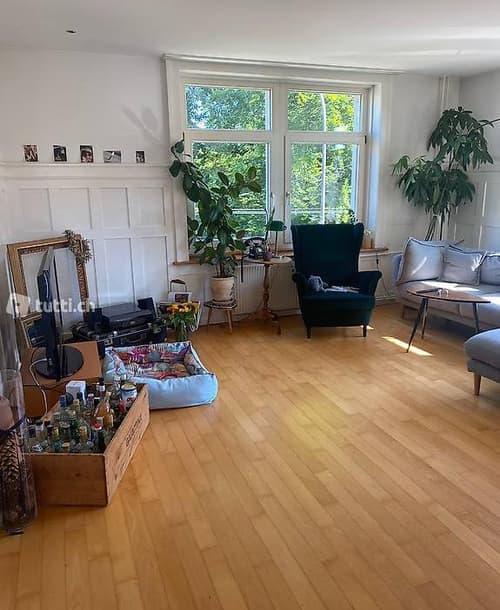 Moderne 3,5 Zi Wohnung im Jugendstilhaus SG