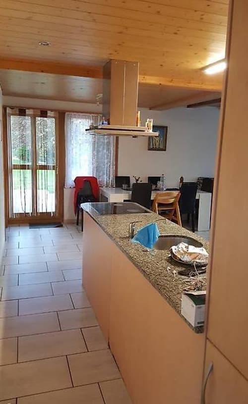 3.5 Zimmer Parterre Wohnung im Dorf