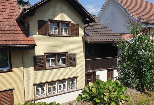 Sanierungsbedürftiges Doppeleinfamilienhaus