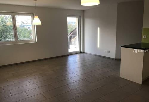 Helle 3.5 Zimmer-Wohnung