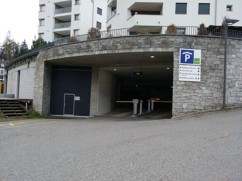 Auf die Plätze, fertig, los: bequem parkieren in Flims