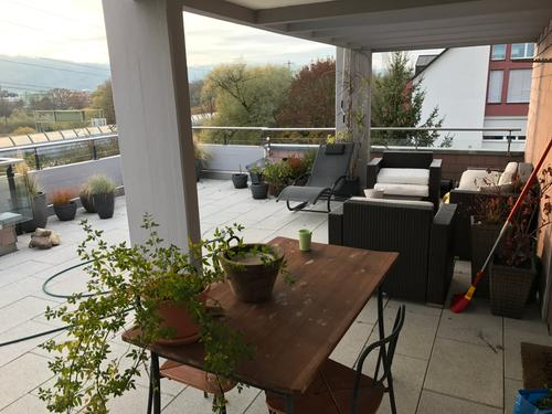 5 1/2-Zimmer-Attikawohnung mit Terrasse