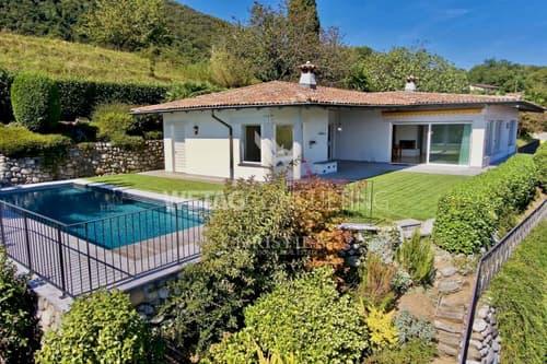 Villa mit Schwimmbad & spektakulärer Sicht auf den See in Bosco Luganese zu verkaufen