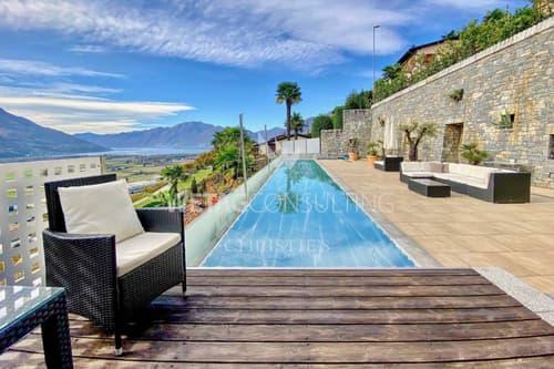 Moderne Villa in Agarone mit Pool & personalisierbarem Layout zu verkaufen