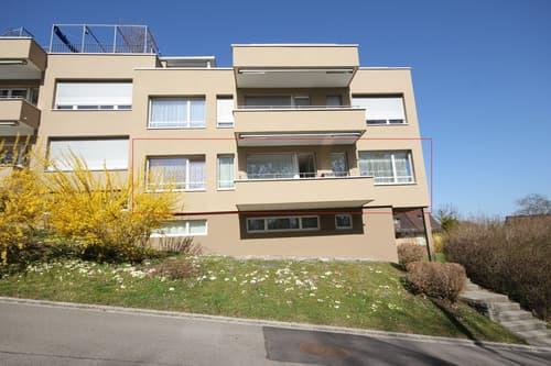 Sonnig, zentral mit Balkon und Sicht ins Grüne