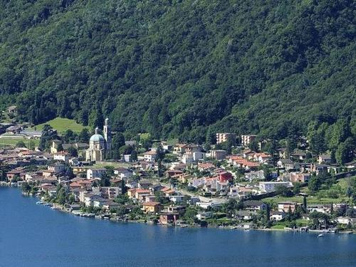 Vista panoramica di Riva San Vitale