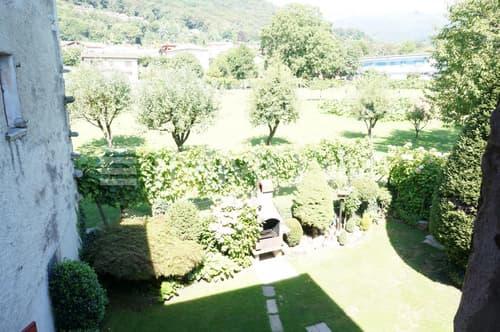 Vista lato giardino dal primo piano