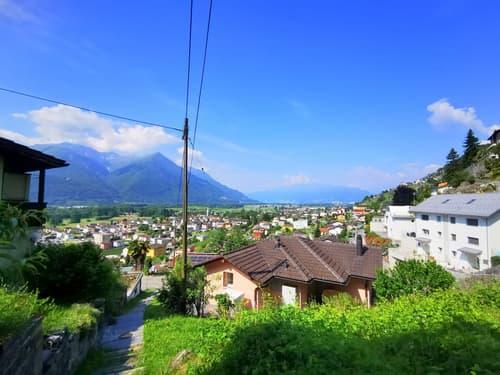 Vista aperta fino al Lago Maggiore