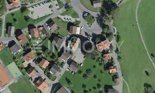 Standort der Liegenschaft mit Umgebung Quelle: Googlemaps