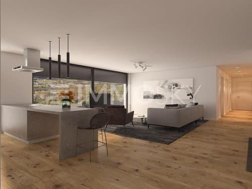 Exklusive Grösse mit riesiger Terrasse (77 m2) und tollem Wohn-/Koch- und Essbereich