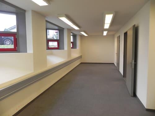 Büro mitten in Gommiswald