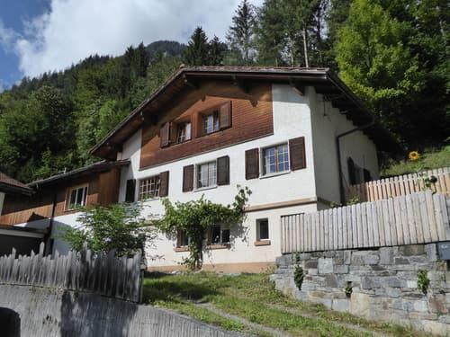 6-Zimmer-Einfamilienhaus mit Einliegerstudio