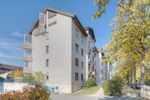 Motorradabstellplatz innen Buchenstrasse, Solothurn