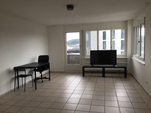 Schöne 2.5-Z'Wohnung zentral