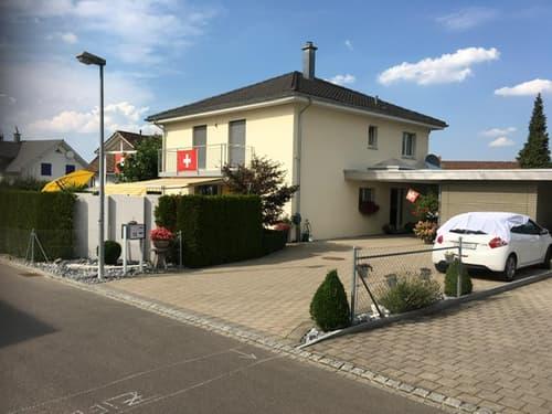 6½ Zimmer Einfamilienhaus an sonniger und sehr ruhiger Wohnstrasse