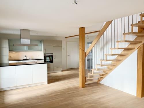 Einmalige 3.5 Zimmer Maisonette Wohnung