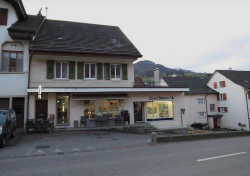 Verkaufslokal / Atelier / Praxis an der Hauptstrasse in 4448 Läufelfingen