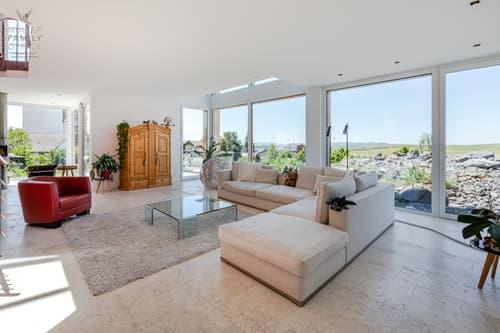 Lichtdurchflutetes  Designer-Einfamilienhaus  mit Blick ins Grüne