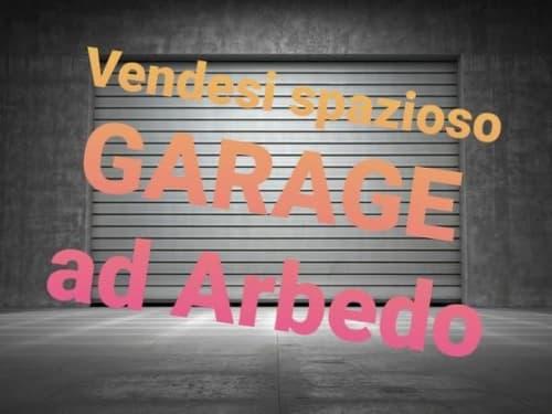 SPAZIOSO GARAGE IN ARBEDO!