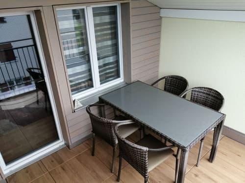 Renovierte und günstige 4.0 Zimmer Wohnung in kleinem Mehrfamilienhaus mit Balkon (nähe Flawil)
