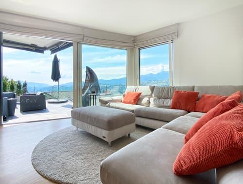 Moderna villa con tanto spazio e vista aperta! (1)