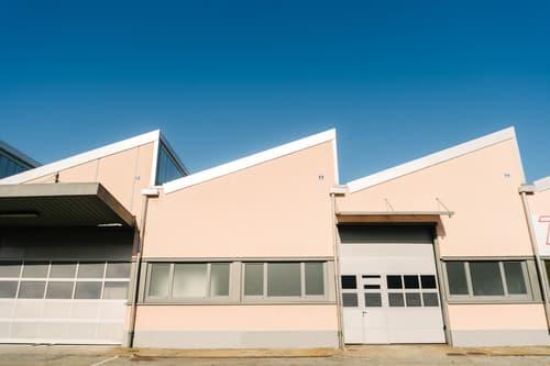 Affittasi capannone ammodernato di 350mq (o 750mq) in zona commerciale / industrial- Grancia