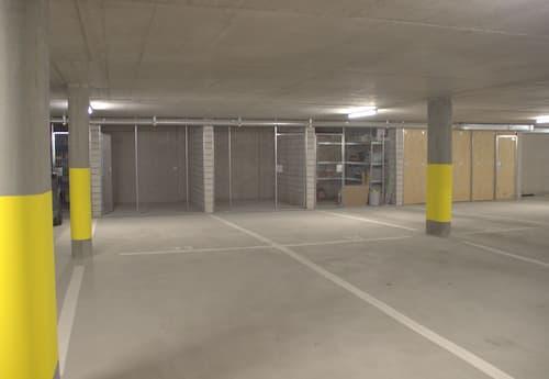 Komfortabler Doppel-Tiefgaragenplatz mit Abstellraum