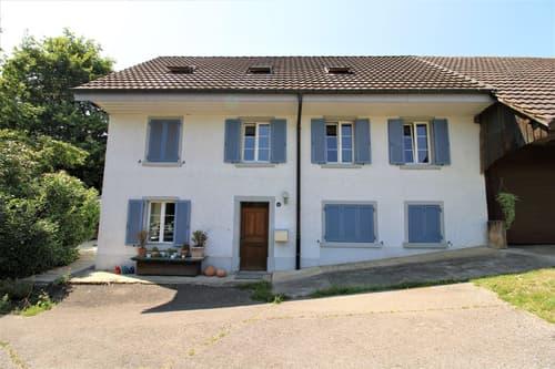 Charmantes Wohnhaus mit Scheune und Ausbaupotential
